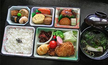 昼食(各プラン共通)  昼食(各プラン共通) 夕食(スタンダードプラン) ※